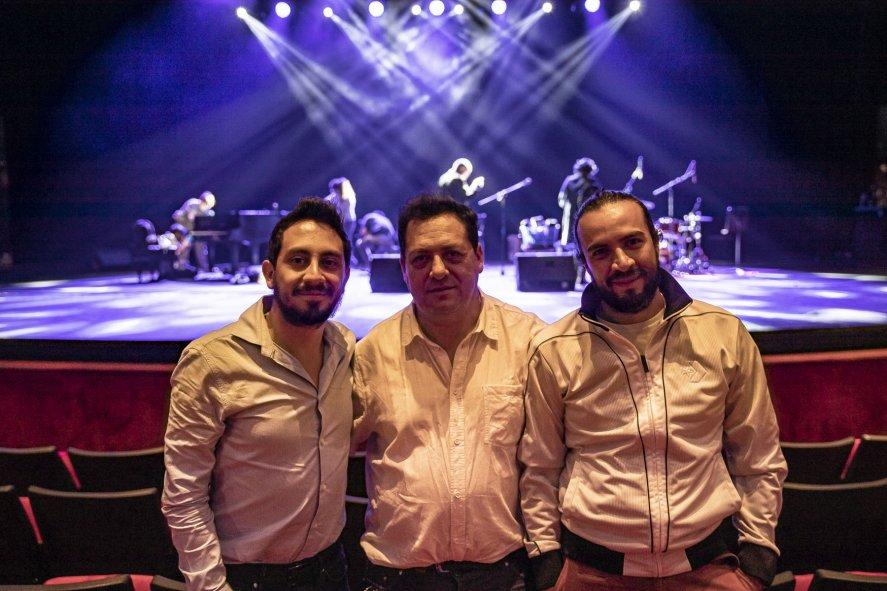 haz clic en la imagen para ampliarla Nombre:  Robe Teatro Colsubsidio col172013351.jpg Vistas: 216 Tamaño:  105,0 KB
