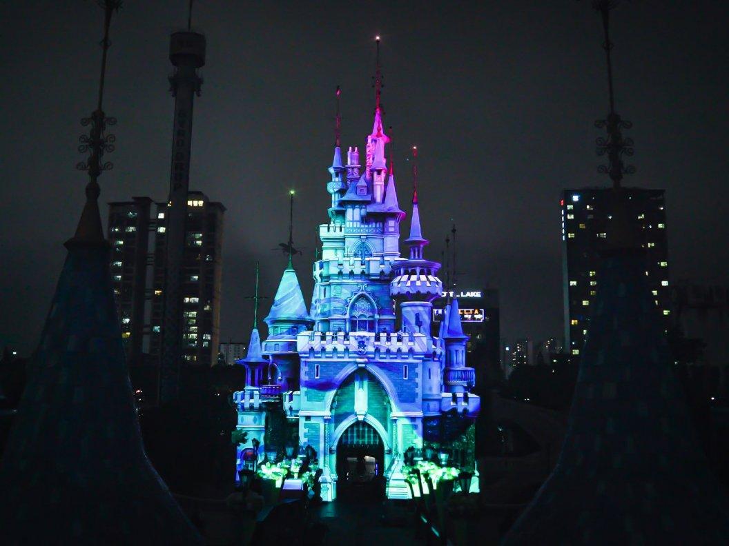Name:  LotteWorld_Magic Castle_7 (low).jpg Views: 119 Size:  97,9 KB