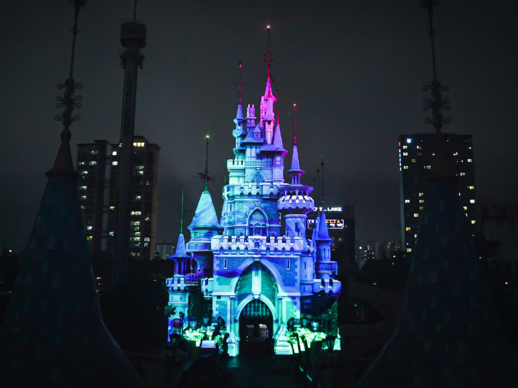 Name:  LotteWorld_Magic Castle_7 (low).jpg Views: 136 Size:  97,9 KB